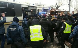 sectei de politie luata cu aslat in Kiev