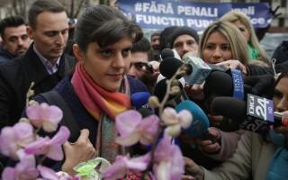 Kovesi, fostă șefă a DNA, primită cu flori la Parchetul General