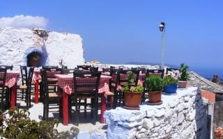 Grecia, turism, terasa, turisti