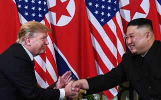 "A început al doilea summit Kim-Trump. ""Ești un lider grozav"""