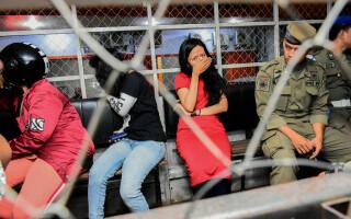 cupluri arestate indonezia