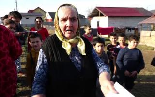 """Mii de asistați social joacă la """"păcănele"""" și nu declară veniturile obținute"""