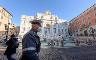 poliţist din Italia