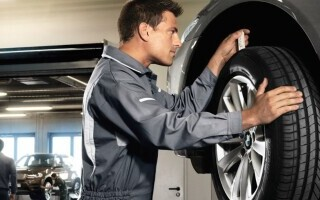 (P) O revizie BMW corectă, se realizează într-un service specializat!