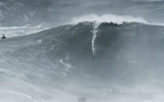 surf pe cel mai inalt val din lume