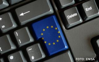 tastatura cu un buton de UE