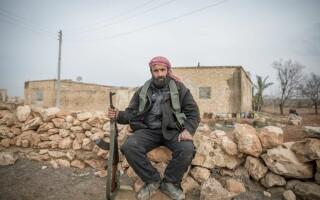 luptator kurd in Siria