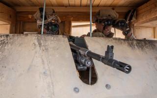 puscasi marini americani in irak