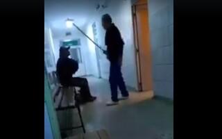 Batut cu matura in spital