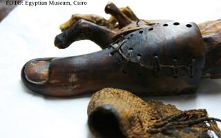 proteza unei mumii egiptene