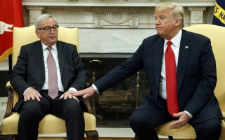 Donald Trump si Jean Claude-Juncker
