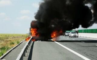 Mașină în flăcări pe Autostrada Soarelui