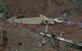 Nou bilanț al alunecărilor de teren din China. Sunt 29 morți și 22 dispăruți - 2