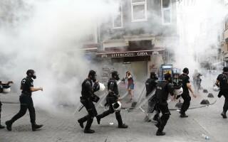 Violente la Marsul Gay Pride din Istanbul - 1