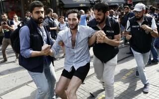 Violente la Marsul Gay Pride din Istanbul - 4