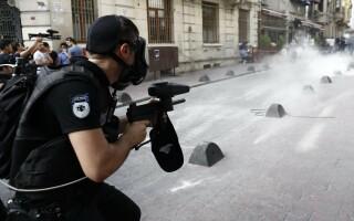 Violente la Marsul Gay Pride din Istanbul - 5