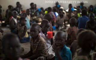 copii refugiati din Sudanul de Sud