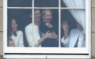 Prințul George si bona sa
