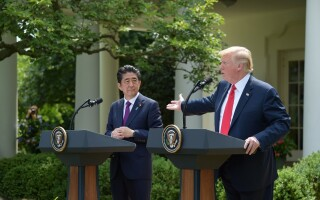 Donald Trump si Shinzo Abe