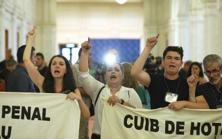 protestatari parlament