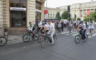 "Președintele Klaus Iohannis, la marșul ""Pedalăm pentru România"""