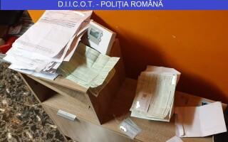 înșelăciune italian
