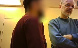 Primele imagini cu Julian Assange în închisoare