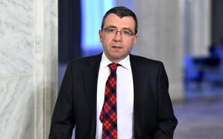 Mihai Voicu, inainte de a participa la sedinta Biroului Politic National (BPN) al PNL, la Palatul Parlamentulu