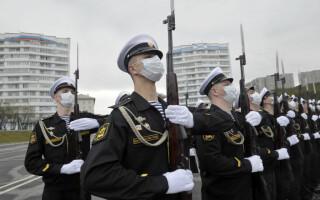 Rusia începe testarea unui vaccin împotriva Covid-19 pe un grup de militari