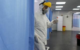 Încă un focar de Covid-19 în București: zeci de pacienți și cadre medicale, infectate
