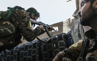 luptatori kurzi din YPG