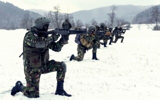 Militarii plutonului cercetare din cadrul Batalionului 307 Infanterie Marină au executat tabăra de instrucție la munte pe timp de iarnă