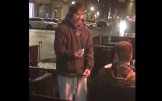 Gestul uimitor al unui bărbat fără adăpost