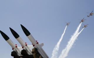rachete si elicoptere ale armatei indiene