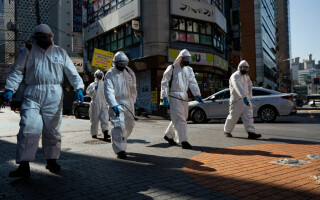 Scade numărul de noi contaminări cu noul coronavirus în China și Coreea de Sud