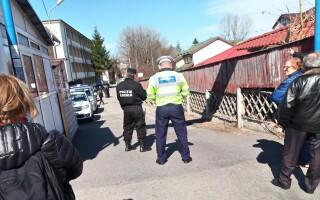 Dosare penale pentru trei bărbați care s-au luat la bătaie într-un centru de carantină din Pitești