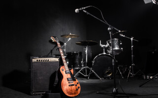 instrumente, scena, muzica