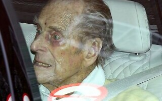 Prinţul Philip a ieșit din spital după o lună. Ce tratamente a urmat soțul reginei Elisabeta a II-a