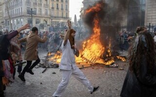 Carnaval neautorizat cu 6.500 de oameni, în Marsilia - 3