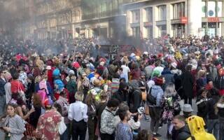 Carnaval neautorizat cu 6.500 de oameni, în Marsilia - 5