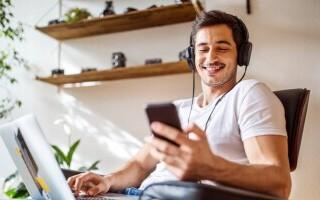 Cât se câștigă din streaming în muzică