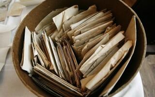 cutie cu scrisori vechi