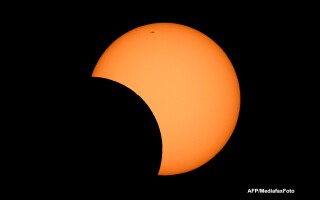 Eclipsa de soare in Australia