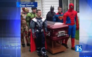Inmormantare cu super eroi