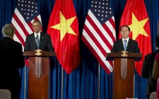 Barack Obama, vizita in Vietnam