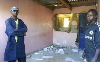 biserica vandalizata in Dandora