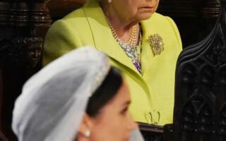 Meghan Markle si regina Elisabeta