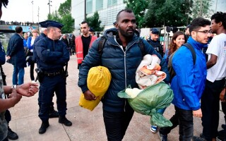tabara de migranti paris