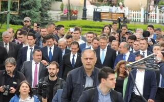 """Iohannis, la Iași: """"Am mers pe jos, foarte fain oraşul"""