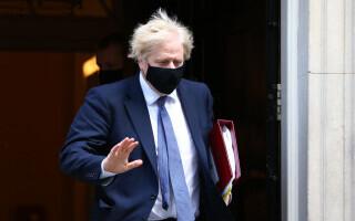 Boris Johnson era gata să fie injectat cu Covid în direct la TV, susține fostul său consilier